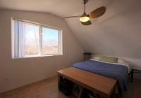 06_attic_apartment_bedroom_01